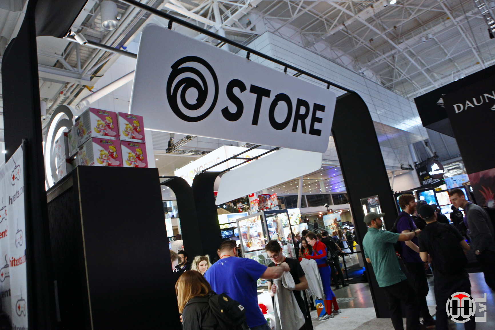 PAX-East-19-107