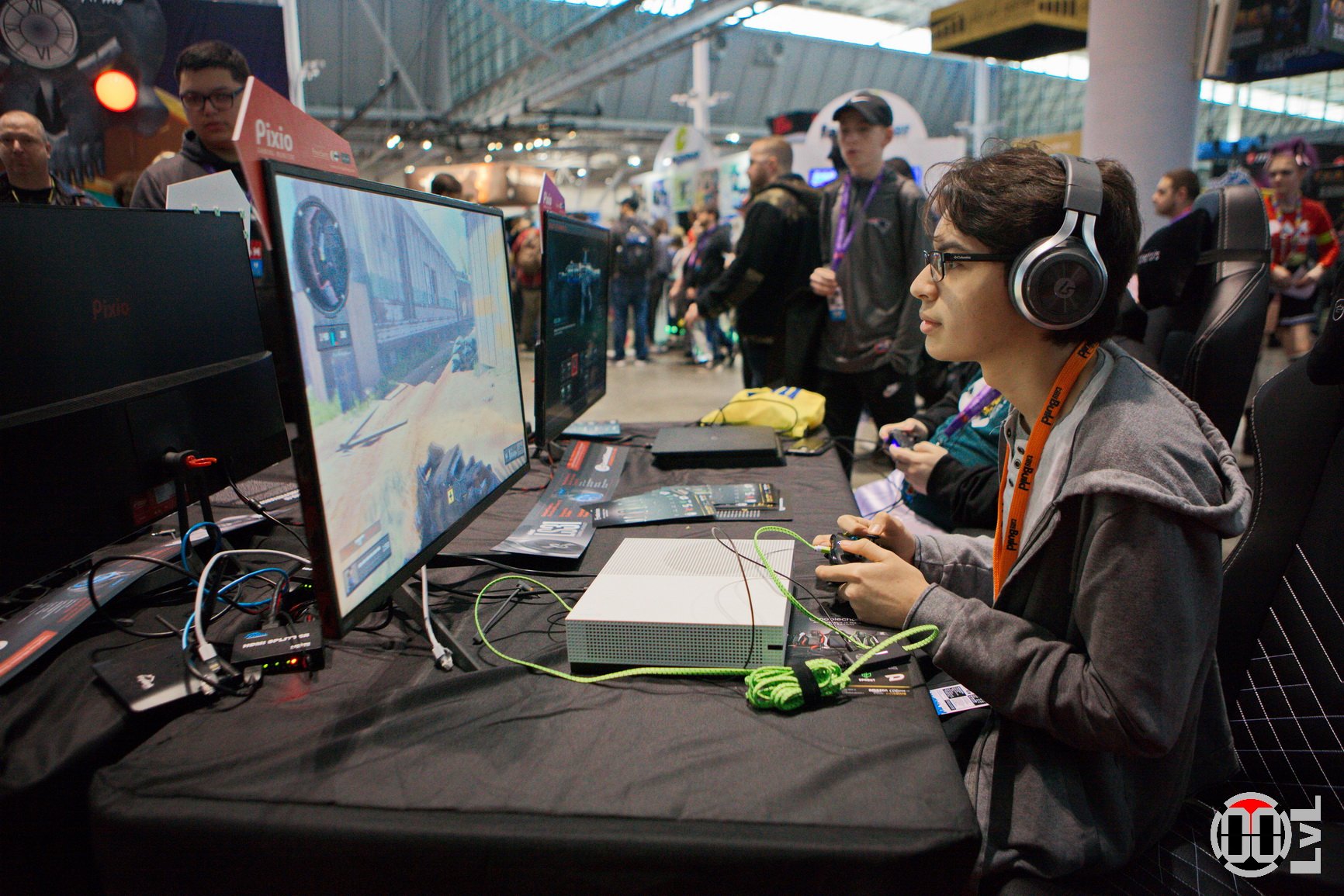 PAX-East-19-155